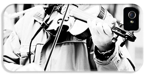 Violin iPhone 5s Case - Sounds Of A Stranger by Gabriela Insuratelu
