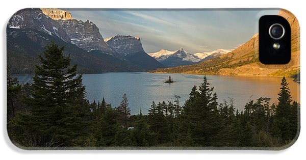St. Mary Lake IPhone 5s Case by Gary Lengyel