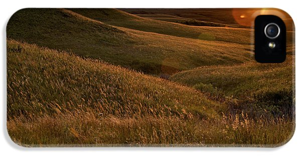 Rural Scenes iPhone 5s Case - Sunset Over The Kansas Prairie by Jim Richardson