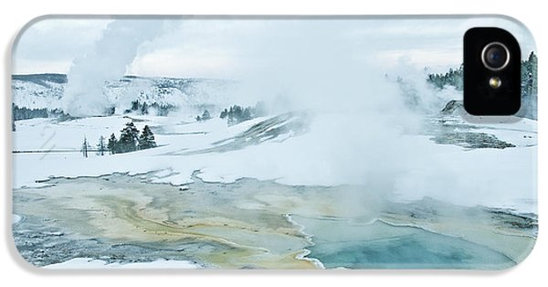 Surreal Landscape IPhone 5s Case by Gary Lengyel