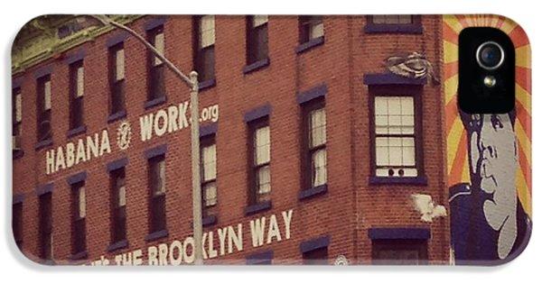 Biggie iPhone 5s Case - The Brooklyn Way by Tom Laurendi