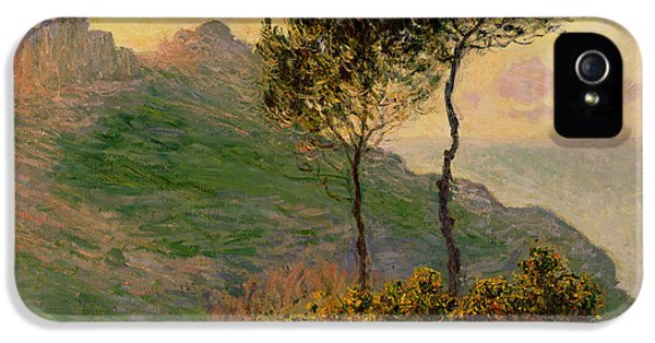 The Church At Varengeville Against The Sunlight IPhone 5s Case by Claude Monet