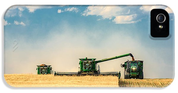 Rural Scenes iPhone 5s Case - The Green Machines by Todd Klassy