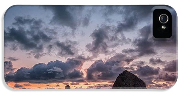 iPhone 5s Case - The Photogaph Was Taken Of Haystack by Jon Glaser