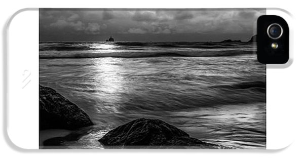iPhone 5s Case - This Photograph Was Taken At Lower by Jon Glaser