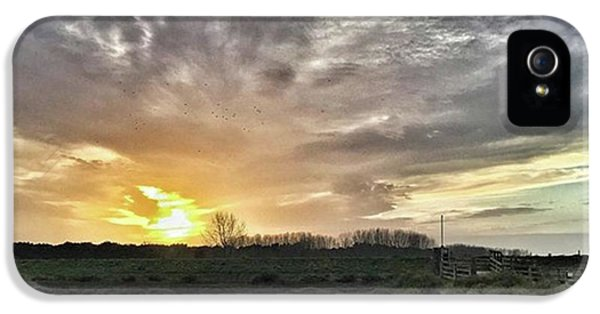 Sky iPhone 5s Case - Tonight's Sunset From Thornham by John Edwards