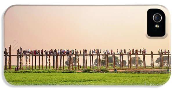Burmese Python iPhone 5s Case - U Bein Bridge by Delphimages Photo Creations