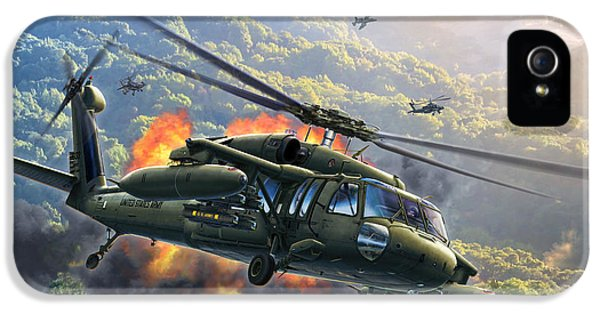 Helicopter iPhone 5s Case - Uh-60 Blackhawk by Stu Shepherd
