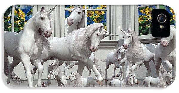 Unicorns IPhone 5s Case by Betsy Knapp