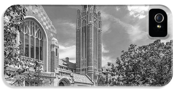 University Of Chicago Saieh Hall For Economics IPhone 5s Case by University Icons