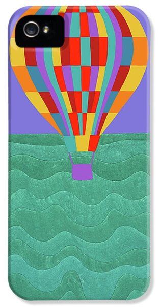 iPhone 5s Case - Up Up And Away by Synthia SAINT JAMES