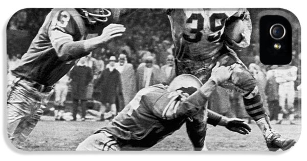 Football iPhone 5s Case - Viking Mcelhanny Gets Tackled by Underwood Archives