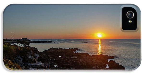 George Bush iPhone 5s Case - Walkers Point - Sunrise In Kennebunkport Maine by Bill Cannon