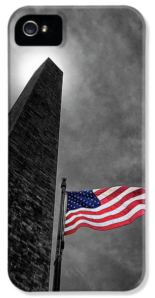Washington Monument And The Stars And Stripes IPhone 5s Case by Andrew Soundarajan