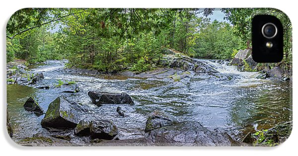 IPhone 5s Case featuring the photograph Wilderness Waterway by Bill Pevlor