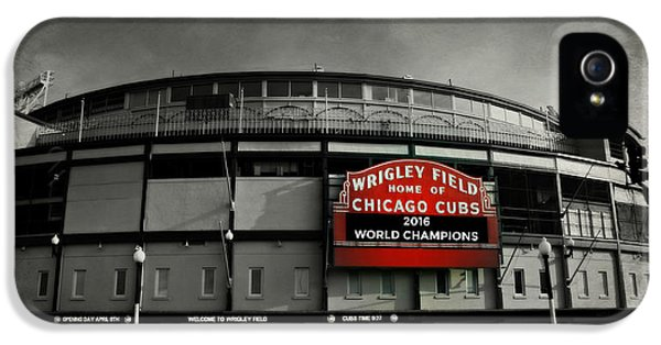 Chicago Cubs iPhone 5s Case - Wrigley Field by Stephen Stookey