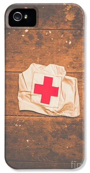 Doctor iPhone 5s Case - Ww2 Nurse Cap Lying On Wooden Floor by Jorgo Photography - Wall Art Gallery