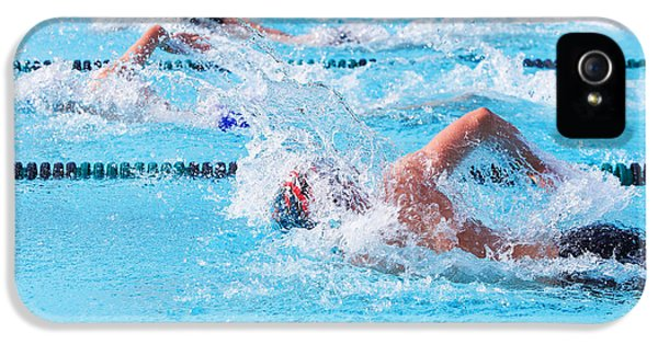 Armed iPhone 5s Case - Freestyle Swimmers Racing by Suzanne Tucker