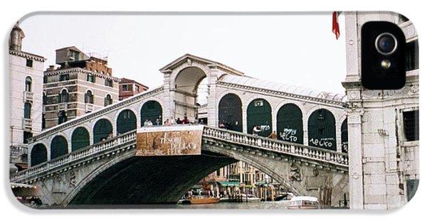 Dick Goodman iPhone 5s Case - The Rialto Bridge  by Dick Goodman
