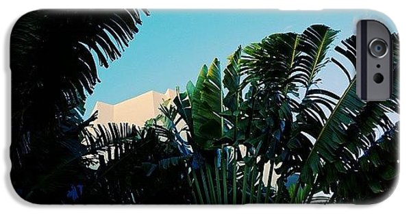 Iger iPhone 6 Case - {miami Beach's Art Deco}  In 1979 by Joel Lopez