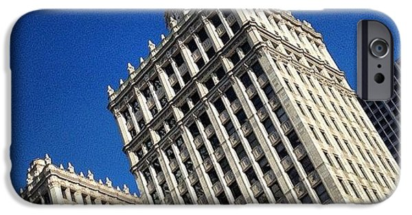 Wrigley Building- Chicago IPhone 6 Case