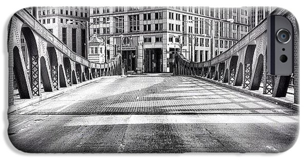 #chicago #hdr #bridge #blackandwhite IPhone 6 Case