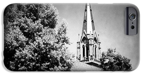 Church In Black And White IPhone 6 Case