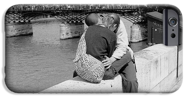 IPhone 6 Case featuring the photograph Embrace-paris by Dave Beckerman