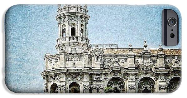 Iger iPhone 6 Case - great Theatre Of Havana (1838 - by Joel Lopez