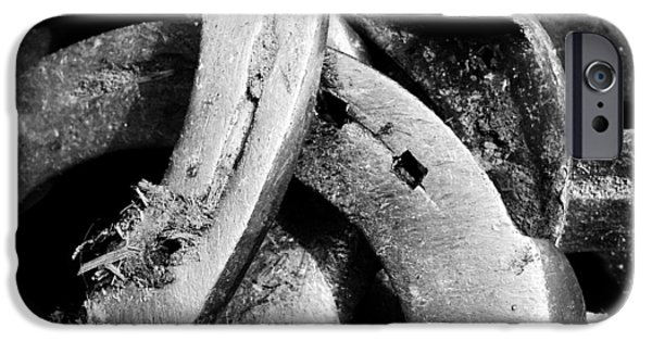Detail iPhone 6 Case - Horseshoes Black And White by Matthias Hauser
