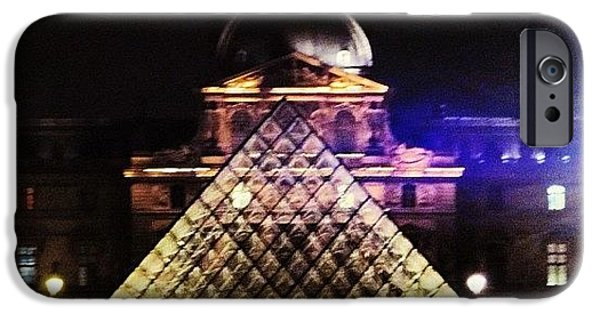 #mgmarts #louvre #paris #france #europe IPhone 6 Case