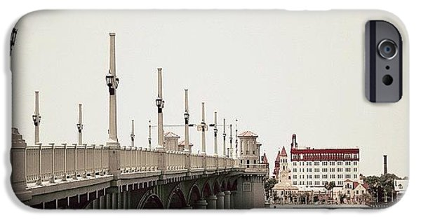 Iger iPhone 6 Case - Sunday By The Bridge - Fl by Joel Lopez