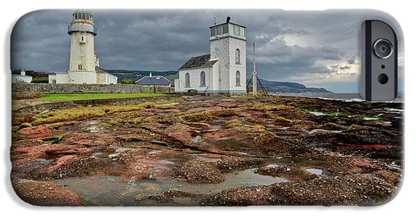 Toward Lighthouse  IPhone 6 Case by Gary Eason