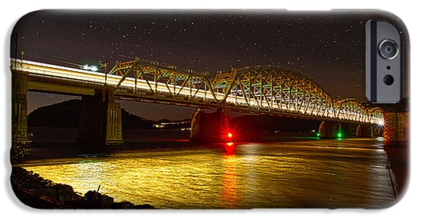 Train Lights In The Night IPhone 6 Case