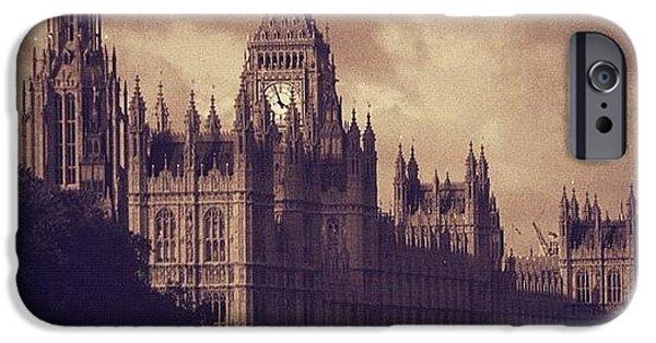 London iPhone 6 Case - #london 05.10.1605 by Ozan Goren