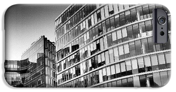 London iPhone 6 Case - #london #instacanvas #uk #london2012 by Abdelrahman Alawwad