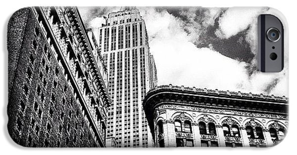 New York City - Empire State Building And Clouds IPhone 6 Case