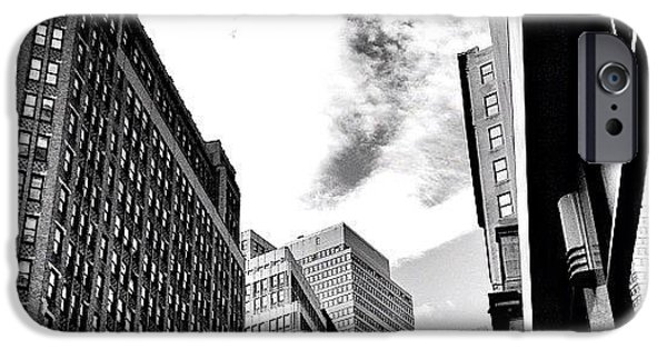 New York City - In Flight IPhone 6 Case
