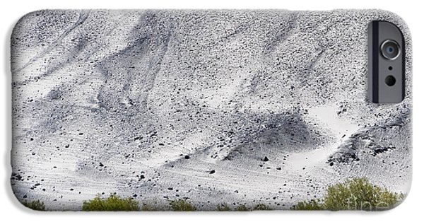 Backdrop Of Sand, Chumathang, 2006 IPhone 6 Case by Hitendra SINKAR