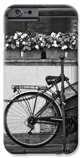 Bicycle With Flowers IPhone 6 Case