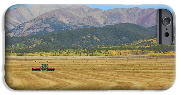 Farming In The Highlands IPhone 6 Case by David Chandler