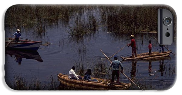 Lake Titicaca Reed Boats IPhone 6 Case