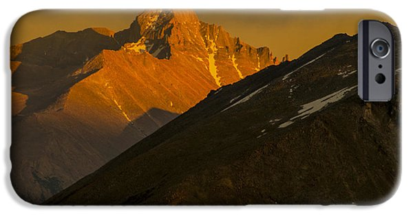 IPhone 6 Case featuring the photograph Long's Peak by Gary Lengyel