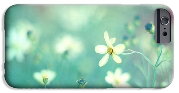 Floral Photographs iPhone Cases - Lovestruck iPhone Case by Amy Tyler