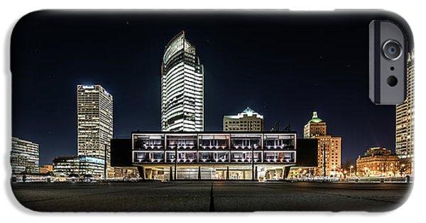 IPhone 6 Case featuring the photograph Milwaukee County War Memorial Center by Randy Scherkenbach