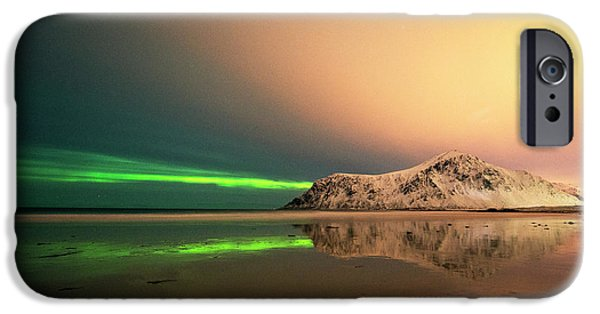 Northern Light In Lofoten Nordland 5 IPhone 6 Case by Dubi Roman