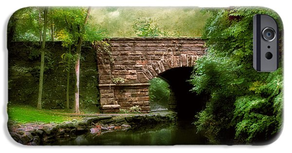 Old Country Bridge IPhone 6 Case by Jessica Jenney
