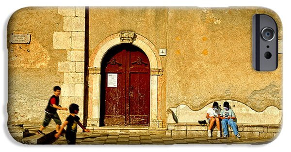 Playing In Taormina IPhone 6 Case