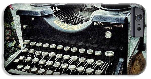 Royal Typewriter IPhone 6 Case