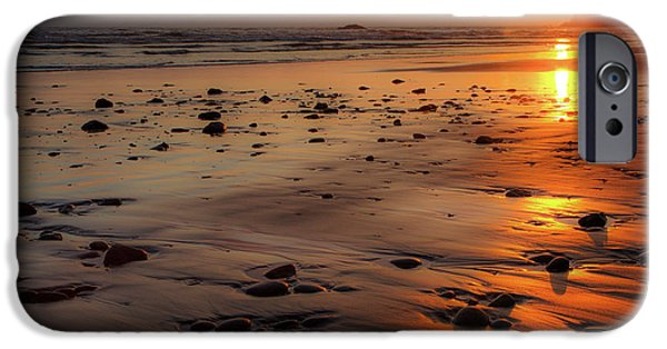 Ruby Beach Sunset IPhone 6 Case by David Chandler